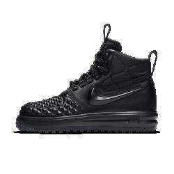 Женские кроссовки Nike Lunar Force 1 DuckbootЖенские кроссовки Nike Lunar Force 1 Duckboot17в стиле культовых AF1 обеспечивают защиту от холода. Они сочетают водоотталкивающую кожу, внутренний слой WaterShield и подошву для эффективного сцепления.<br>
