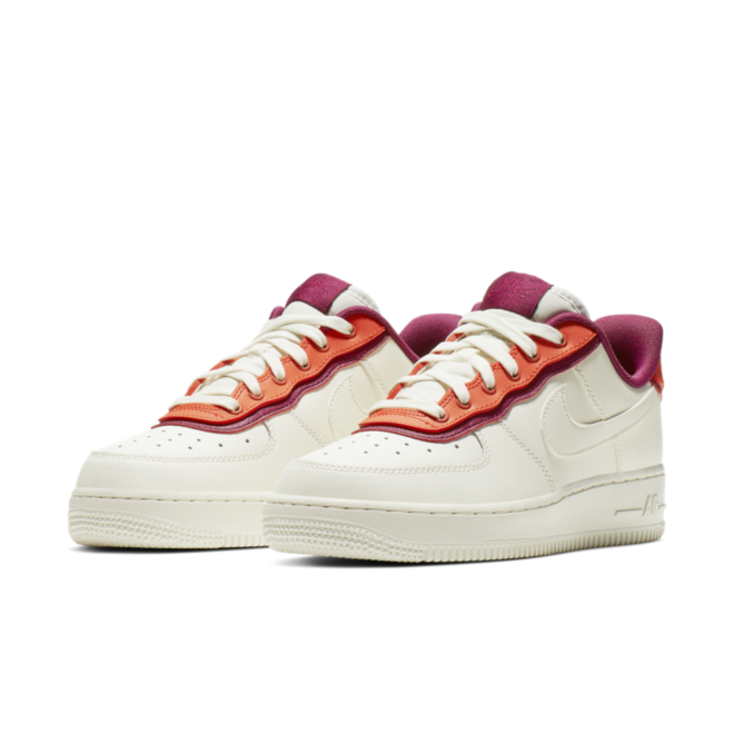 Nike WMNS Air Force 1 '07 SE 'Sail' AA0287-104