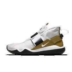 Мужские кроссовки Nike Komyuter SEМужские кроссовки Nike Komyuter SE, созданные для тех, чья стихия — улицы города, обеспечивают комфорт благодаря водоотталкивающей конструкции.<br>