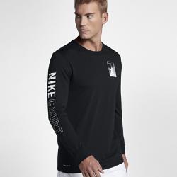 Мужская теннисная футболка с длинным рукавом NikeCourt DryМужская теннисная футболка с длинным рукавом NikeCourt Dry из влагоотводящей ткани обеспечивает комфорт во время игры.<br>