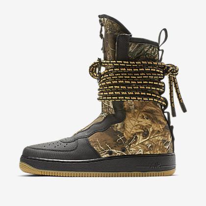 6b82b23241a Nike SF Air Force 1 Men s Boot. Nike.com