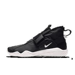 Мужские кроссовки Nike KomyuterМужские кроссовки Nike Komyuter, созданные для тех, чья стихия — улицы города, обеспечивают комфорт благодаря водоотталкивающей конструкции.<br>