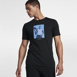 Мужская футболка Jordan Sportswear AJ 6 ConnectionМужская футболка Jordan Sportswear AJ 6 Connection из прочного чистого хлопка обеспечивает комфорт на весь день.<br>