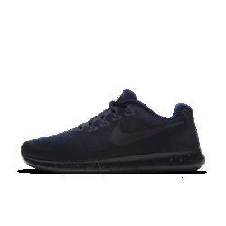 Мужские беговые кроссовки Nike Free RN 2017 ShieldМужские беговые кроссовки Nike Free RN 2017 Shield обеспечивают полный комфорт в дождливую погоду. Инновационная подошва не ограничивает естественные движения стопы и идеально подходит для коротких пробежек. Благодаря особой конструкции кроссовки можно сложить в сумку или рюкзак, так что ты сможешь совершить пробежку, когда захочешь. Отведение влаги  Верх из цельного материала с водоотталкивающим покрытием защищает от влаги, обеспечивая комфорт. Внутренний слой представляет собой дышащую мембрану, которая не препятствует циркуляции воздуха, помогая избежать перегрева. Свобода движений  Подошва Nike Free обеспечивает комфорт минималистичной беговой обуви. Она повторяет естественные движения стопы, расширяясь при каждом приземлении и принимая исходную форму при отталкивании. Невероятная легкость и поддержка  Прочные, но очень легкие нити Flywire усиливают поддержку благодаря интеграции со шнурками. Отсутствие части нитей в верхней части шнуровки способствует более плавным движениям стопы и позволяет ни на что не отвлекаться. Подробнее  Светоотражающие элементы по всей поверхности делают тебя заметнее Скругленная пятка для комфорта и плавных движений стопы Подметка из пеноматериала с накладками из резины в передней части и в области пятки для прочности Перепад: 8 мм  Истоки Nike Free  Узнав, что спортсмены Стэнфордского университета тренируются босиком, три самых изобретательных и креативных сотрудника Nike взялись за разработку кроссовок, которые бы не ощущались на ноге и сидели, как вторая кожа. В течение четырех лет специалисты изучали биомеханику стопы во время бега. В результате им удалось определить естественный угол приземления стопы, давление и положение носка, что позволило дизайнерам Nike создать уникальные и гибкие беговые кроссовки профессионального класса.<br>