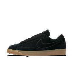 Женские кроссовки Nike Blazer LowЖенские кроссовки Nike Blazer Low — новая версия баскетбольной легенды прошлых лет с современными деталями.<br>