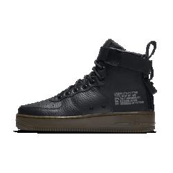 Женские кроссовки Nike SF Air Force 1 MidЖенские кроссовки Nike SF Air Force 1 Mid сочетают практичность армейской экипировки с классическим баскетбольным стилем. Баллистический нейлон и первоклассная кожа сочетаются с удобной двойной молнией на пятке.  Универсальность  Стандартные шнурки, ремешок в области голеностопа и двойная молния на пятке образуют динамическую систему фиксации. Благодаря этому можно регулировать посадку и уровень фиксации.  Прочные материалы  Область пятки и язычок выполнены из баллистического материала на основе нейлона. Это обеспечивает прочность и гибкость, а также придает модели вид армейских ботинок.<br>