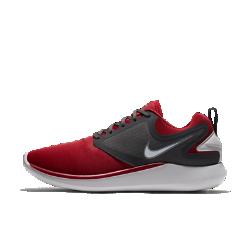 Мужские беговые кроссовки Nike LunarSoloМужские беговые кроссовки Nike LunarSolo всегда готовы к новым испытаниям бегом. Стильные и функциональные, эти универсальные кроссовки обеспечивают поддержку и плавность движений стопы.  Непревзойденная амортизация  Обновленная система амортизации Lunarlon для мягкости, поддержки и плавных движений стопы при каждом шаге.  Комфорт и стабилизация  Легкий и эластичный верх обтекаемой формы поддерживает среднюю часть стопы при резких поворотах. Внутренняя вставка не дает язычку смещаться в сторону. Петелька на пятке позволяют легко и быстро снимать и надевать модель.  Дополнительная защита  Небольшие выступы на подметке в области пятки и носка усиливают защиту и создают превосходную амортизацию как при ходьбе, так и при беге на высокой скорости.<br>