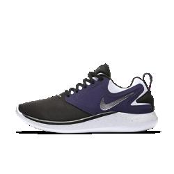 Женские беговые кроссовки Nike LunarSoloЖенские беговые кроссовки Nike LunarSolo всегда готовы к новым испытаниям бегом. Стильные и функциональные, эти универсальные кроссовки обеспечивают поддержку и плавность движений стопы.  Непревзойденная амортизация  Обновленная система амортизации Lunarlon для мягкости, поддержки и плавных движений стопы при каждом шаге.  Комфорт и стабилизация  Легкий и эластичный верх обтекаемой формы поддерживает среднюю часть стопы при резких поворотах. Внутренняя вставка не дает язычку смещаться в сторону. Петелька на пятке позволяют легко и быстро снимать и надевать модель.  Дополнительная защита  Небольшие выступы на подметке в области пятки и носка усиливают защиту и создают превосходную амортизацию как при ходьбе, так и при беге на высокой скорости.<br>