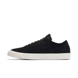 """Мужская обувь для скейтбординга Nike SB Zoom Blazer Low DeconstructedМужская обувь для скейтбординга Nike SB Zoom Blazer Low """"Deconstructed"""" возвращается к своим истокам. Здесь нет ничего лишнего — только первоклассные материалы.  Классический минимализм  Мягкая и прочная высококачественная кожа внутри и снаружи обеспечивает естественную посадку. Простая монохромная расцветка подчеркивает линии дизайна.  Мгновенная амортизация  Стелька дополнена вставкой Nike Zoom Air в области пятки. Она обеспечивает легкость, мгновенную амортизацию и защиту от ударных нагрузок там, где это необходимо.  Контролируемое сцепление  Гибкая вулканизированная подметка позволяет лучше ощущать поверхность под ногами для усиленного сцепления с доской и контроля. Зигзагообразный рисунок резиновойподметки улучшает сцепление.<br>"""