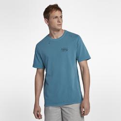 Мужская футболка Hurley Bolts Destroy GrindМужская футболка Hurley Bolts Destroy Grind из материала с эффектом выцветания с лазерными отверстиями обеспечивает идеальную посадку и абсолютный комфорт. 100% хлопок обеспечивает вентиляцию и комфорт в течение всего дня.<br>