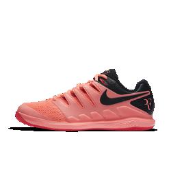 Мужские теннисные кроссовки Nike Air Zoom Vapor XБлагодаря системе Dynamic Fit и вставке Nike Zoom Air мужские теннисные кроссовки Nike Air Zoom Vapor X обеспечивают непревзойденный контроль движений во время игры.  Надежная посадка  Система Dynamic Fit обхватывает стопу от области шнуровки до нижней точки свода стопы, обеспечивая плотную посадку.  Мгновенная амортизация  Вставка Zoom Air в области пятки обеспечивает упругую низкопрофильную амортизацию при каждом движении.  Быстрая стабилизация  Каркас из материала TPU охватывает внешнюю часть стопы по всей длине для дополнительной стабилизации при каждом движении.<br>