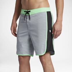 Мужские бордшорты Hurley Phantom Motion Stripe 45,5 смМужские бордшорты Hurley Phantom Motion Stripe 45,5 см из комфортной эластичной ткани обеспечивают полную свободу движений.<br>