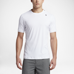 Мужская футболка для серфинга Hurley Quick Dry IconМужская футболка для серфинга Hurley Quick Dry Icon из эластичной влагоотводящей ткани обеспечивает комфорт и свободу движений в воде и на суше.<br>