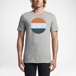 Мужская футболка Hurley Circle BlockМужская футболка Hurley Circle Block из мягкой и прочной ткани на основе хлопка обеспечивает комфорт на каждый день и долговечность.<br>