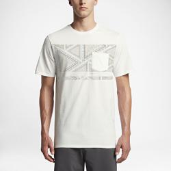Мужская футболка Hurley Fading Out PocketМужская футболка Hurley Fading Out Pocket из мягкого и прочного хлопка обеспечивает длительный комфорт на весь день.<br>