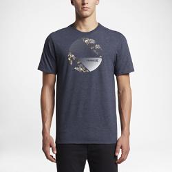 Мужская футболка Hurley SidewallМужская футболка Hurley Sidewall из сверхмягкой ткани обеспечивает комфорт на весь день.<br>