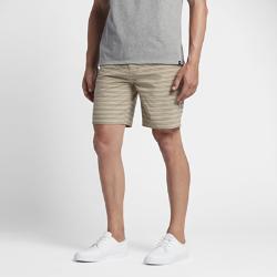 Мужские шорты 47 см Hurley Phantom GibbsМужские шорты Hurley Phantom Gibbs 47 см из эластичной ткани из переработанных материалов с водоотталкивающим покрытием обеспечивают максимальный комфорт и свободу движений на пляже и на улицах города.<br>