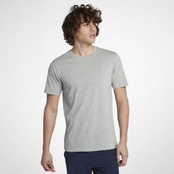 Мужская футболка Hurley Staple Dri-FITМужская футболка Hurley Staple Dri-FIT из мягкой влагоотводящей ткани с технологией Nike Dri-FIT обеспечивает комфорт.<br>
