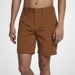 Мужские шорты Hurley Byron Short 45,5 смМужские шорты Hurley Byron Short 45,5 см из мягкой ткани с современным кроем обеспечивают комфорт и создают стильный образ для пляжа. Укороченная длина не ограничивает движений.<br>