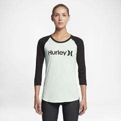 Женская футболка с рукавом 3/4 Hurley One And Only Perfect RaglanЖенская футболка с рукавом 3/4 Hurley One And Only Perfect Raglan из мягкой смесовой ткани на основе хлопка обеспечивает комфорт на каждый день.<br>
