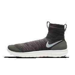 Беговые кроссовки унисекс NikeLab Veil GyakusouБеговые кроссовки унисекс NikeLab Veil Gyakusou, разработанные для коротких тренировочных забегов, обеспечивают комфорт. Ультрагибкая инновационная подошва Nike Free создает ощущение естественного комфорта при беге. Простая и удобная конструкция без классических шнурков создает невероятно стильный образ, так что ты чувствуешь комфорт,хорошо выглядишь и ощущаешь свободу движений при беге.  ПЛОТНАЯ УДОБНАЯ ПОСАДКА  Плотно прилегающий верх из кругловязанного жаккардового трикотажа с отворотом средней высоты обеспечивает удобную плотную посадку. Легкий дышащий верх дополненпрочным водоотталкивающим покрытием DWR для полного комфорта. Удобно снимать и надевать благодаря петелькам на отворотах (спереди и сзади).  АМОРТИЗАЦИЯ И ПОДДЕРЖКА  Два слоя пеноматериала — более мягкий непосредственно под стопой и более жесткий возле подметки — идеальное сочетание комфорта и поддержки для плавных движений стопы.  ЕСТЕСТВЕННЫЕ ДВИЖЕНИЯ  Подошва Nike Free обеспечивает комфорт минималистичной беговой обуви. Она повторяет естественные движения стопы, расширяясь при каждом приземлении и принимая исходную форму при отталкивании.  ПОДРОБНЕЕ  Светоотражающие детали делают тебя заметнее Один шов на внутренней части пятки для гладкости и комфорта Скругленная пятка для комфорта и плавных движений стопы Подметка из пеноматериала с накладками из резины в передней части и в области пятки для прочности Перепад: 4 мм  О КОЛЛЕКЦИИ NIKELAB GYAKUSOU  Бегун и основатель японского бренда Undercover Джун Такахаши привносит в мир бега свое особое видение. Коллекция NikeLab Gyakusou воплощает его бунтарский дух и особую эстетику сквозь призму инноваций Nike. Gyakusou переводится с японского как «бег наоборот». Эта коллекция помогает освободить разум и сконцентрироваться на беге.<br>