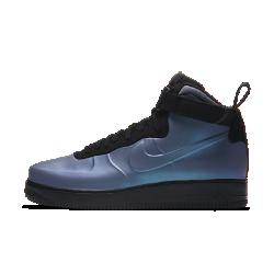 Мужские кроссовки Nike Air Force 1 Foamposite CupsoleМужские кроссовки Nike Air Force 1 Foamposite Cupsole сочетают элементы двух культовых баскетбольных моделей. Бесшовная конструкция Foamposite с линиями дизайна AF1 и кожа с перламутровым эффектом образуют невероятно стильную модель.<br>