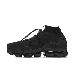 Nike Air VaporMax Flyknit Utility Running Shoe Size 9 (Black)