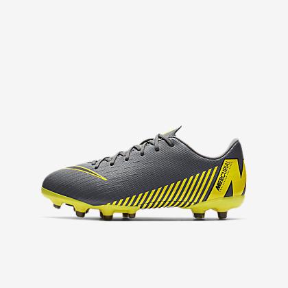 new concept dfce4 80ca8 Nike Jr. Vapor 12 Club MG fotballsko til flere underlag til store ...
