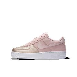 Кроссовки для школьников Nike Air Force 1 QSКроссовки для школьников Nike Air Force 1 QS — повседневная версия легендарной модели, сочетающая культовый дизайн и прочную поддерживающую конструкцию для комфорта.<br>