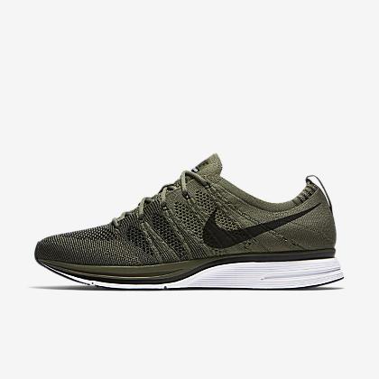 buy online 62711 cee3b Nike Flyknit Trainer