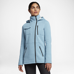 Женская куртка Hurley Winchester FleeceЖенская куртка Hurley Winchester Fleece со съемным капюшоном обеспечивает оптимальное тепло и защиту, когда это необходимо. Двубортный перед и венские швы на талии делают этумодель в стиле милитари более женственной.<br>