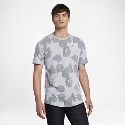 Мужская футболка Hurley Dri-FIT Aloha CrewМужская футболка Hurley Dri-FIT Aloha Crew изготовлена из мягкой влагоотводящей ткани. Замысловатый цветочный узор на ткани передает атмосферу экзотических островов.<br>