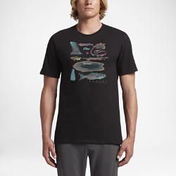 Мужская футболка Hurley Like ThisМужская футболка Hurley Like This украшена мягким на ощупь акварельным принтом, вдохновленным морскими пляжами.<br>