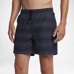 Мужские шорты Hurley One And Only Stripe Volley 43 смМужские шорты Hurley One And Only Stripe Volley 43 см из легкой ткани шамбре — идеальная модель для пикника, барбекю или похода на пляж.<br>