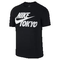<ナイキ(NIKE)公式ストア>【日本限定】スポーツウェア ハイパー ローカル (Tokyo) メンズ Tシャツ AJ0063-010 ブラック
