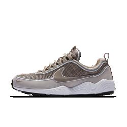 Мужские кроссовки Nike Air Zoom Spiridon 16 SEМужские кроссовки Nike Air Zoom Spiridon 16 SE обеспечивают мгновенную амортизацию, как и легендарная беговая модель, и идеально подходят на каждый день благодаря удобному дышащему верху.<br>