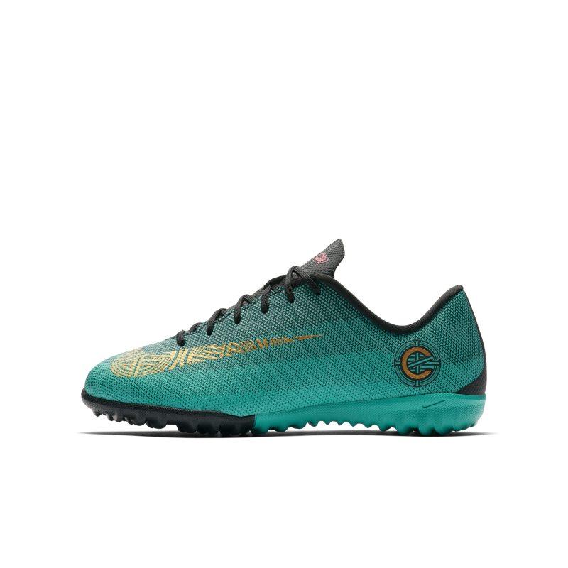 Nike Jr. MercurialX Vapor XII Academy CR7 Voetbalschoen voor kleuters/kids (turf <br/> 41.97 <br/> <a href='https://track.webgains.com/click.html?wgcampaignid=172061&amp;wgprogramid=6381&amp;product=1&amp;wglinkid=231777&amp;productname=Nike+Jr.+MercurialX+Vapor+XII+Academy+CR7+Voetbalschoen+voor+kleuters%2Fkids+%28turf%29+-+Groen&amp;wgtarget=https://www.nike.com/nl/t/jr-mercurialx-vapor-xii-academy-cr7-younger-older-football-shoe-z2c36B/AJ3100-390' target='_blank'>Bekijk!</a>