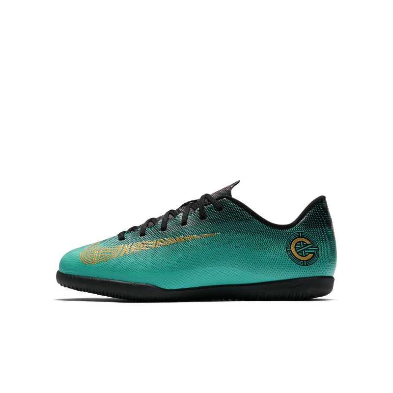 Nike Jr. MercurialX Vapor XII Club CR7 IC Botas de fútbol sala - Niño a y  niño a pequeño a 35ef375797d98