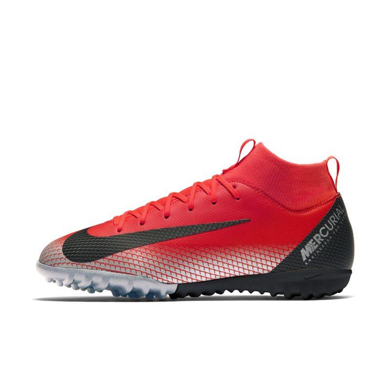 Nike Jr. SuperflyX 6 Academy CR7 Voetbalschoen voor kids (turf) - Rood <br/> 75.00 <br/> <a href='https://track.webgains.com/click.html?wgcampaignid=172061&amp;wgprogramid=6381&amp;product=1&amp;wglinkid=231777&amp;productname=Nike+Jr.+SuperflyX+6+Academy+CR7+Voetbalschoen+voor+kids+%28turf%29+-+Rood&amp;wgtarget=https://www.nike.com/nl/t/jr-superflyx-6-academy-cr7-older-football-boot-VPZHPx/AJ3112-600' target='_blank'>Bekijk!</a>