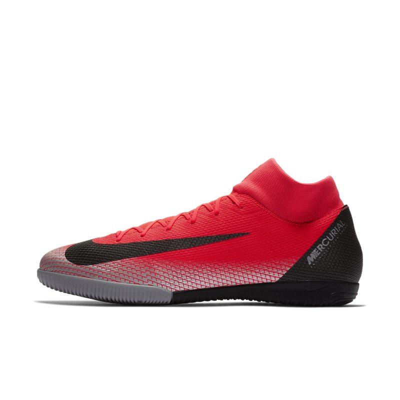 Nike MercurialX Superfly VI Academy CR7 IC Zaalvoetbalschoen - Rood <br/> 66.47 <br/> <a href='https://track.webgains.com/click.html?wgcampaignid=172061&amp;wgprogramid=6381&amp;product=1&amp;wglinkid=231777&amp;productname=Nike+MercurialX+Superfly+VI+Academy+CR7+IC+Zaalvoetbalschoen+-+Rood&amp;wgtarget=https://www.nike.com/nl/t/mercurialx-superfly-vi-academy-cr7-ic-indoor-court-football-shoe-XPqkDB/AJ3567-600' target='_blank'>Bekijk!</a>