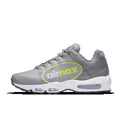 Мужские кроссовки Nike Air Max 95 NS GPXМужские кроссовки Nike Air Max 95 NS GPX с обновленным легендарным силуэтом обеспечивают такую же исключительную амортизацию, как и оригинальная модель 1995 года, ставшая хитом. Культовый дизайн, напоминающий пласты горных пород, стал более обтекаемым и был дополнен большим логотипом Air Max, привлекающим внимание окружающих.  Преимущества  Конструкция из текстиля и синтетического материала для комфорта Подошва из пеноматериала с видимой вставкой Max Air для легкости и амортизации Вафельная резиновая подметка для прочности и сцепления Светоотражающие детали делают тебя заметнее  Истоки Nike Air Max Революционная вставка Air-Sole используется в обуви Nike с 1978 года. В 1987 году мир впервые увидел кроссовки Nike Air Max 1 с видимой вставкой Air-Sole в области пятки. С тех пор комфорт можно не только почувствовать, но и увидеть. Кроссовки Nike Air Max следующего поколения стали очень популярны среди атлетов и коллекционеров благодаря ярким цветовым сочетаниям, надежной амортизации и легкости.<br>