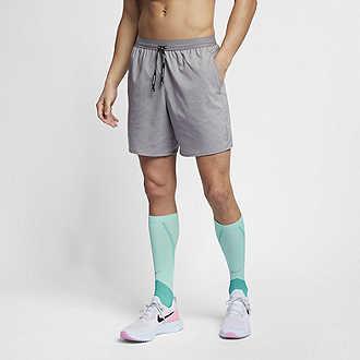 15486c3efa23a Nike Flex Stride. Men's 5
