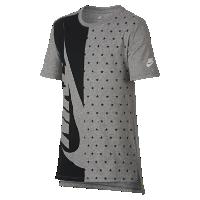 <ナイキ(NIKE)公式ストア>ナイキ スポーツウェア ジュニア (ボーイズ) Tシャツ AJ8711-063 グレー画像