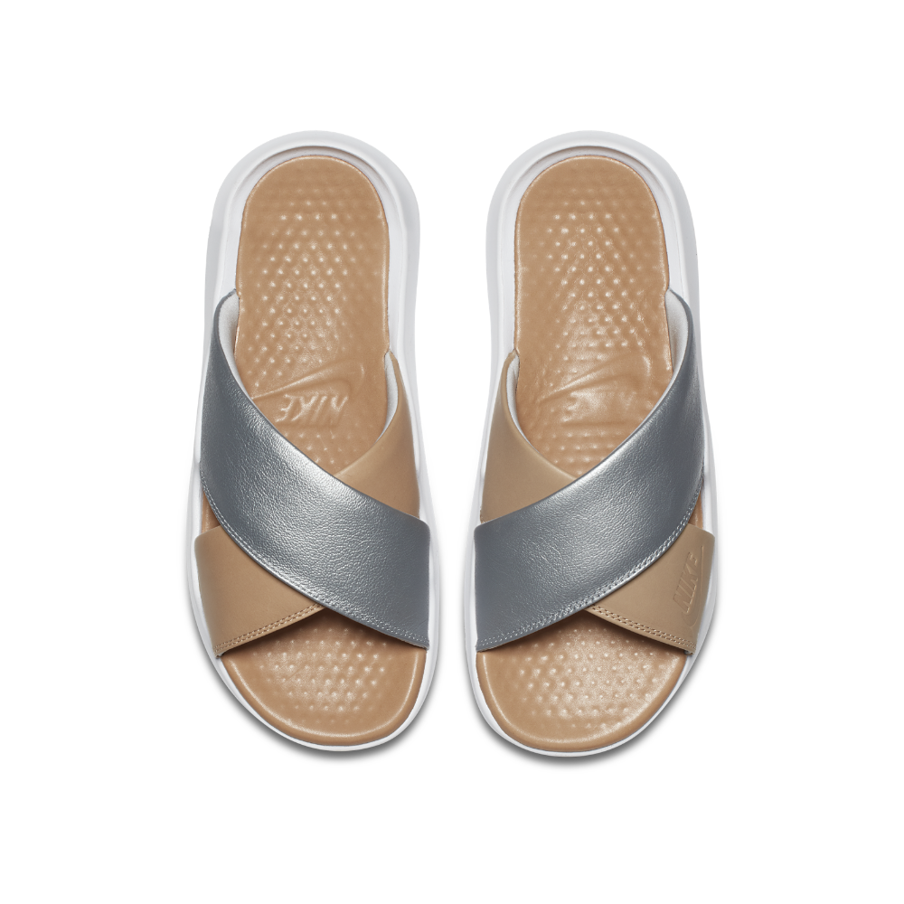6a9b4aeeca03 Nike Slide On Sandals - Buy Best Nike Slide On Sandals from Fashion  Influencers