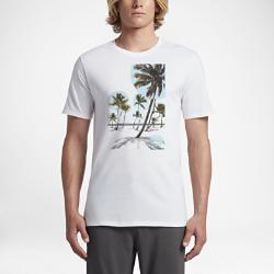 Мужская футболка Hurley Piece Together ParadiseМужская футболка Hurley Piece Together Paradise украшена мягким принтом в технике трафаретной печати, напоминающим о райских местах.<br>
