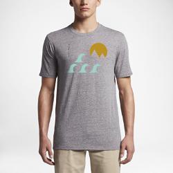 Мужская футболка Hurley Minimal Tri-BlendМужская футболка Hurley Minimal Tri-Blend с минималистичной графикой с изображением райского уголка, обеспечивает комфорт на весь день.<br>