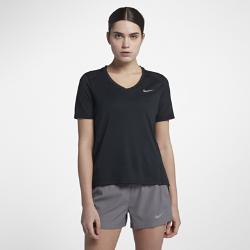 Женская беговая футболка с коротким рукавом Nike MilerЖенская беговая футболка с коротким рукавом Nike Miler из легкой влагоотводящей ткани со вставкой из сетки на спине обеспечивает комфорт на любой пробежке.<br>