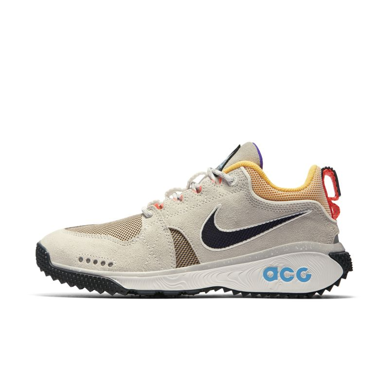 Nike ACG Dog Mountain Men's Shoe - White Image