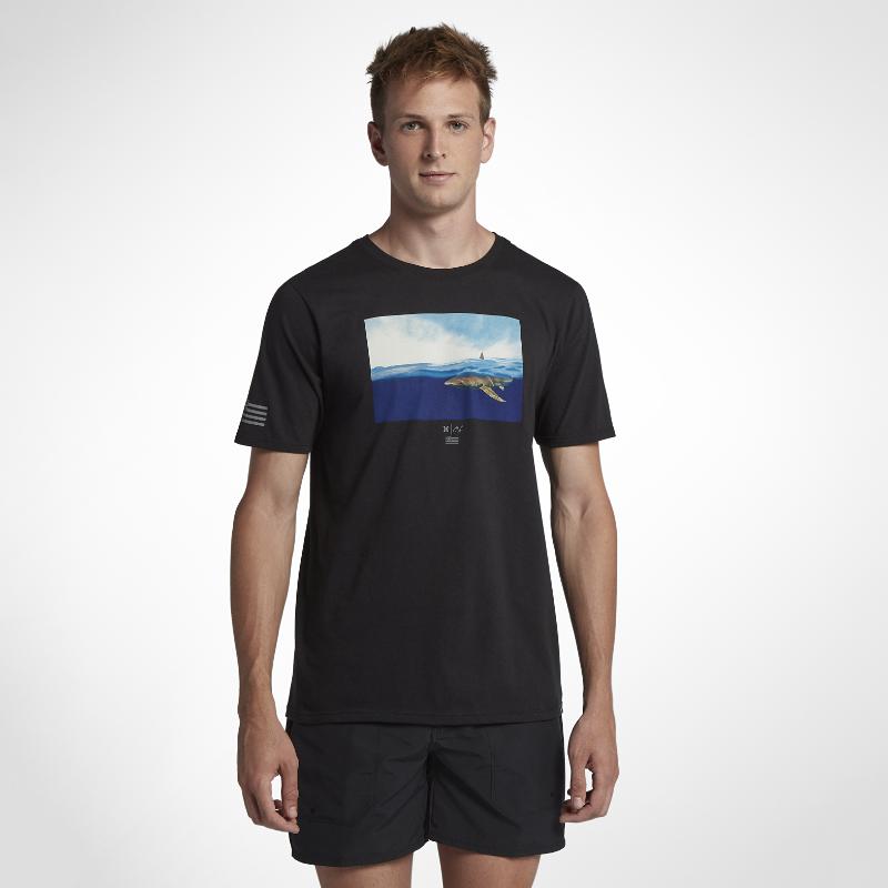 <ナイキ(NIKE)公式ストア>ハーレー クラーク ウィーク メンズ Tシャツ AQ2453-010 ブラック 30日間返品無料 / Nike+メンバー送料無料