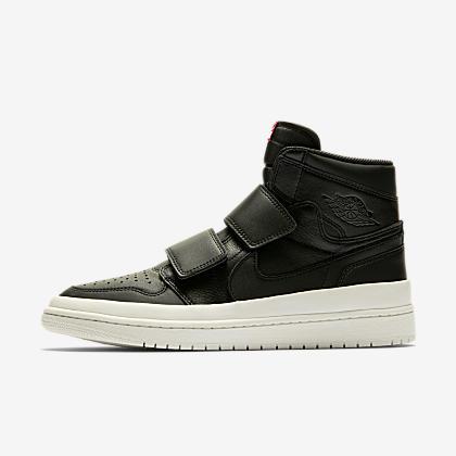 dc966e651f9 Air Jordan 1 Retro High OG Shoe. Nike.com
